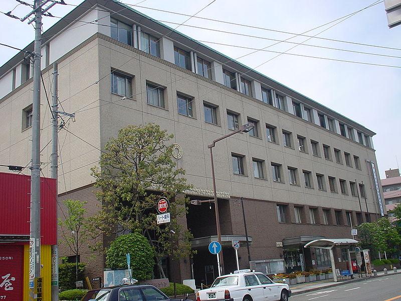 高津区 役所 画像